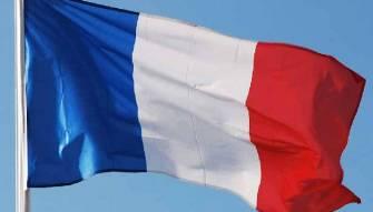 فرنسا تعيد تصويب «الايقاع» اللبناني