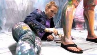 Woman turns into living art