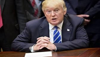 ترامب يدعو للتحقيق في علاقات كلينتون مع روسيا