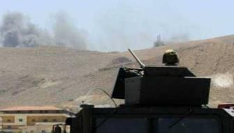 الجيش يقصف مواقع المسلحين بجرود عرسال بالمدفعية الثقيلة