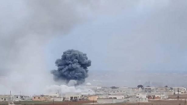 مقتل وإصابة العشرات في غارة جوية شرق الرقة السورية