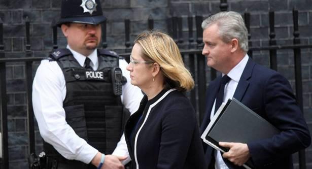 بريطانيا تحقق حول تجاهل تحذيرات عن انتحاري مانشستر