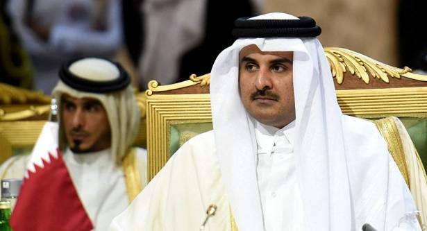 أمير قطر يصل الكويت في زيارة تستغرق عدة ساعات