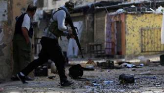 ابو طاقية كاد يرحل مع «النصرة» لولا ضمانات محلية
