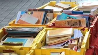 """Recto Verso"" سوق الكتاب في شارع مونو"
