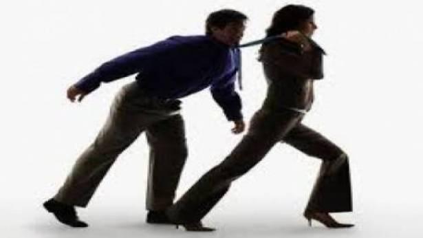 رجال هذا البلد العربي يتعرضون للضرب على يد زوجاتهم.. 2000 مصاب!   الديار