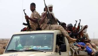 Yemen: Saudi-led coalition begins battle for vital port